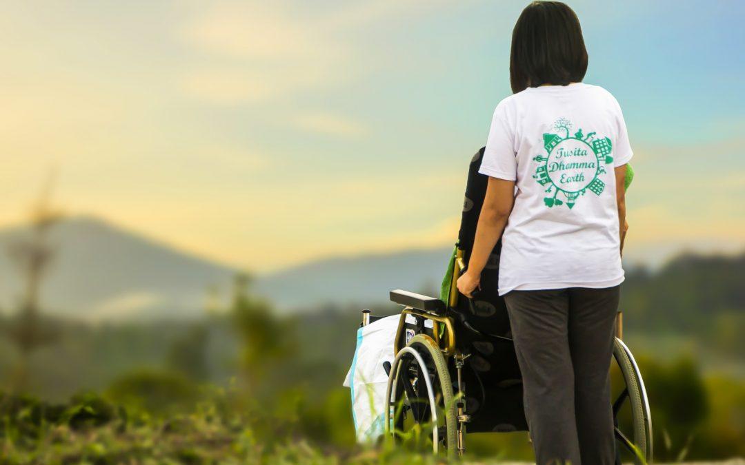 ¿Sabes qué es el síndrome del cuidador? Aprende a controlarlo