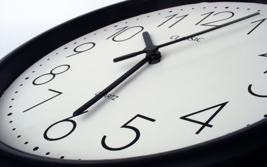 Cambio de hora: ¿a favor o en contra? (EN GRÁFICO)