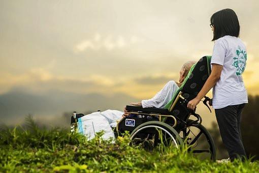 Cuando además de Rara es Huérfana: una entrevista a un paciente de la enfermedad de Andrade, una EERR
